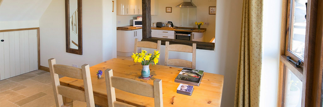 Sheepscombe Byre: light and airy