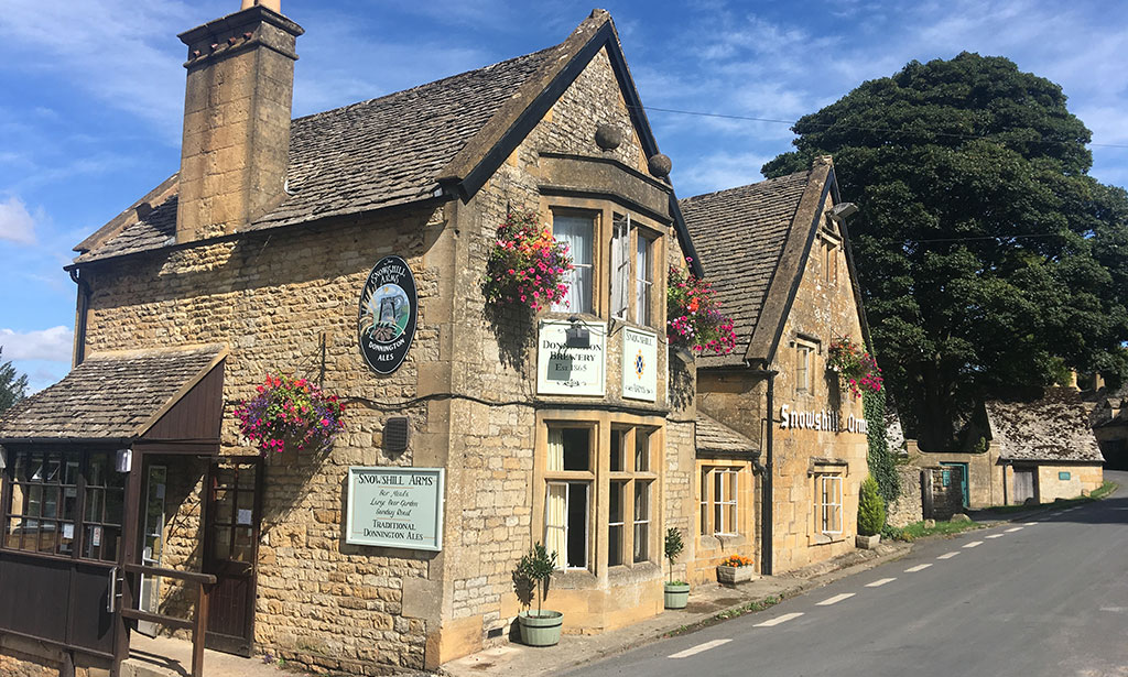 Sheepscombe Byre holiday cottage: The Snowshill Arms