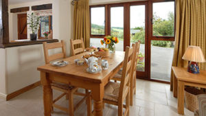 Sheepscombe Byre holiday cottage: tea time