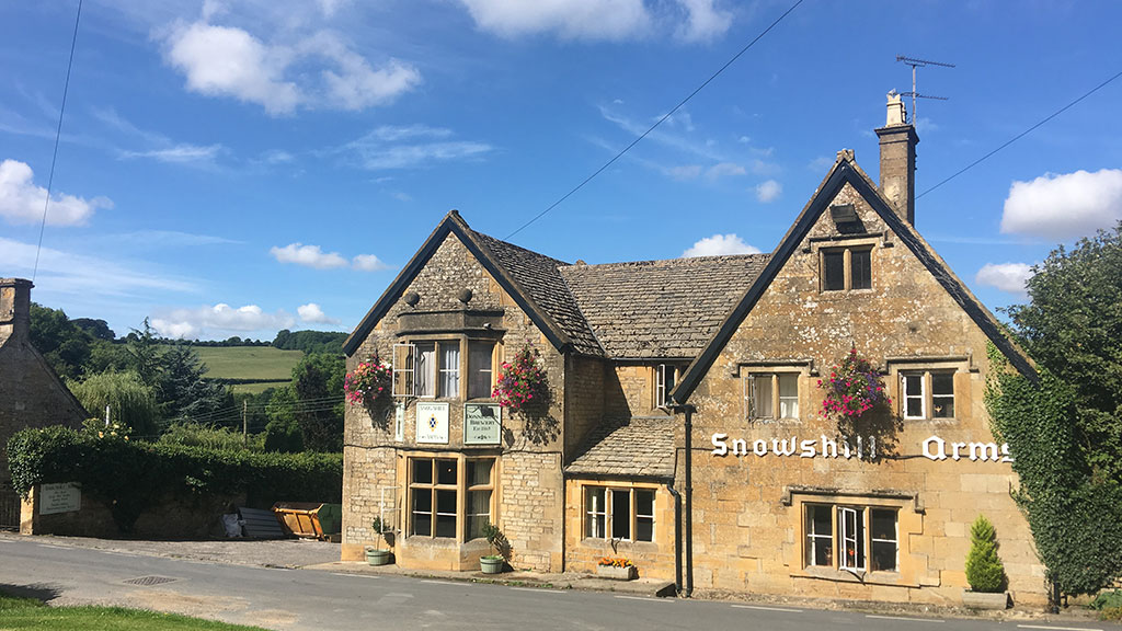 Sheepscombe Byre holiday cottage: Snowshill Arms